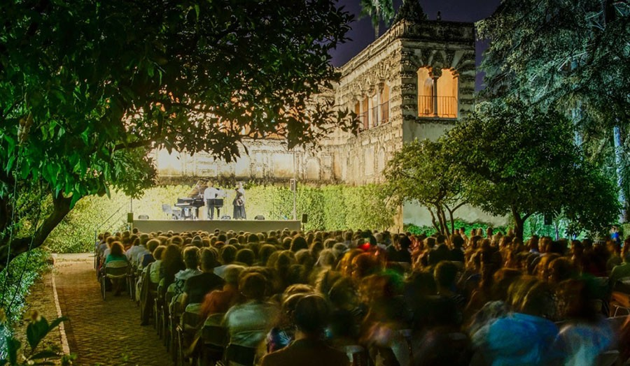 Noches-en-los-jardines-del-Real-Alczar--Actidea-Jaime-Prez-Sevilla-Secreta